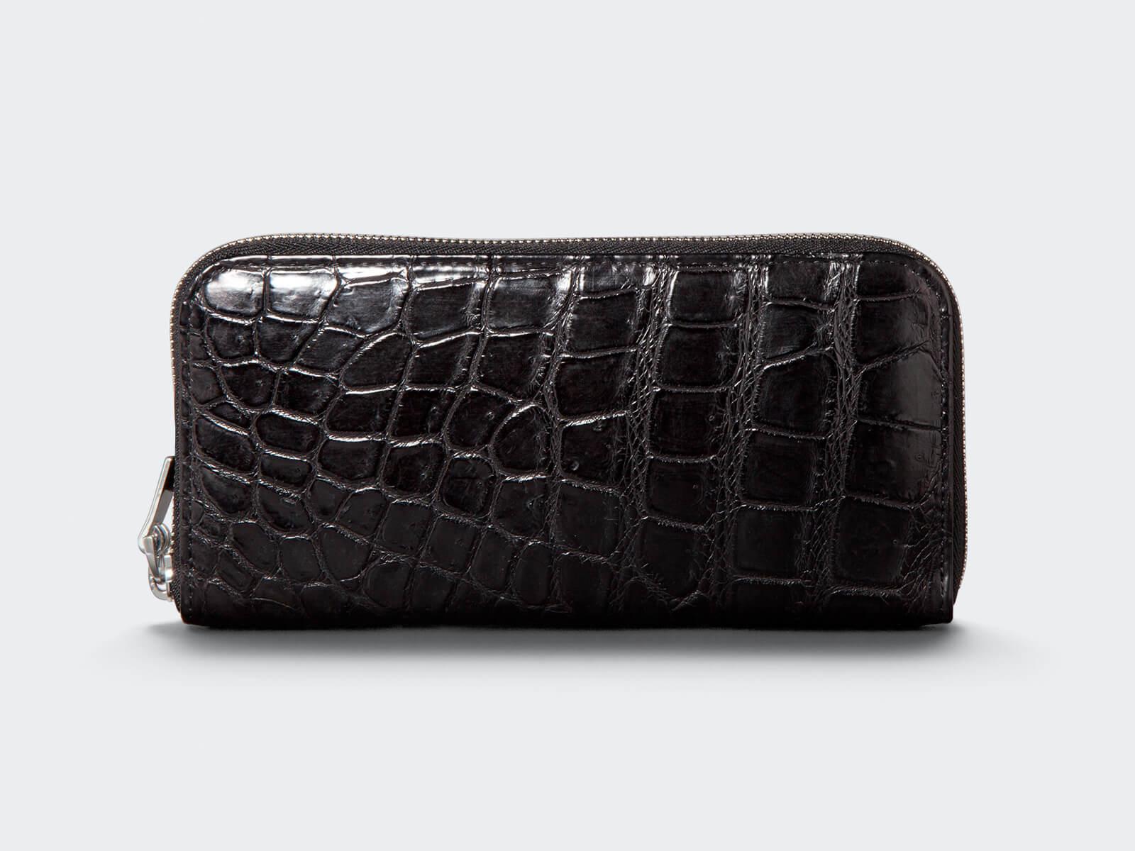 横取りのクロコ財布