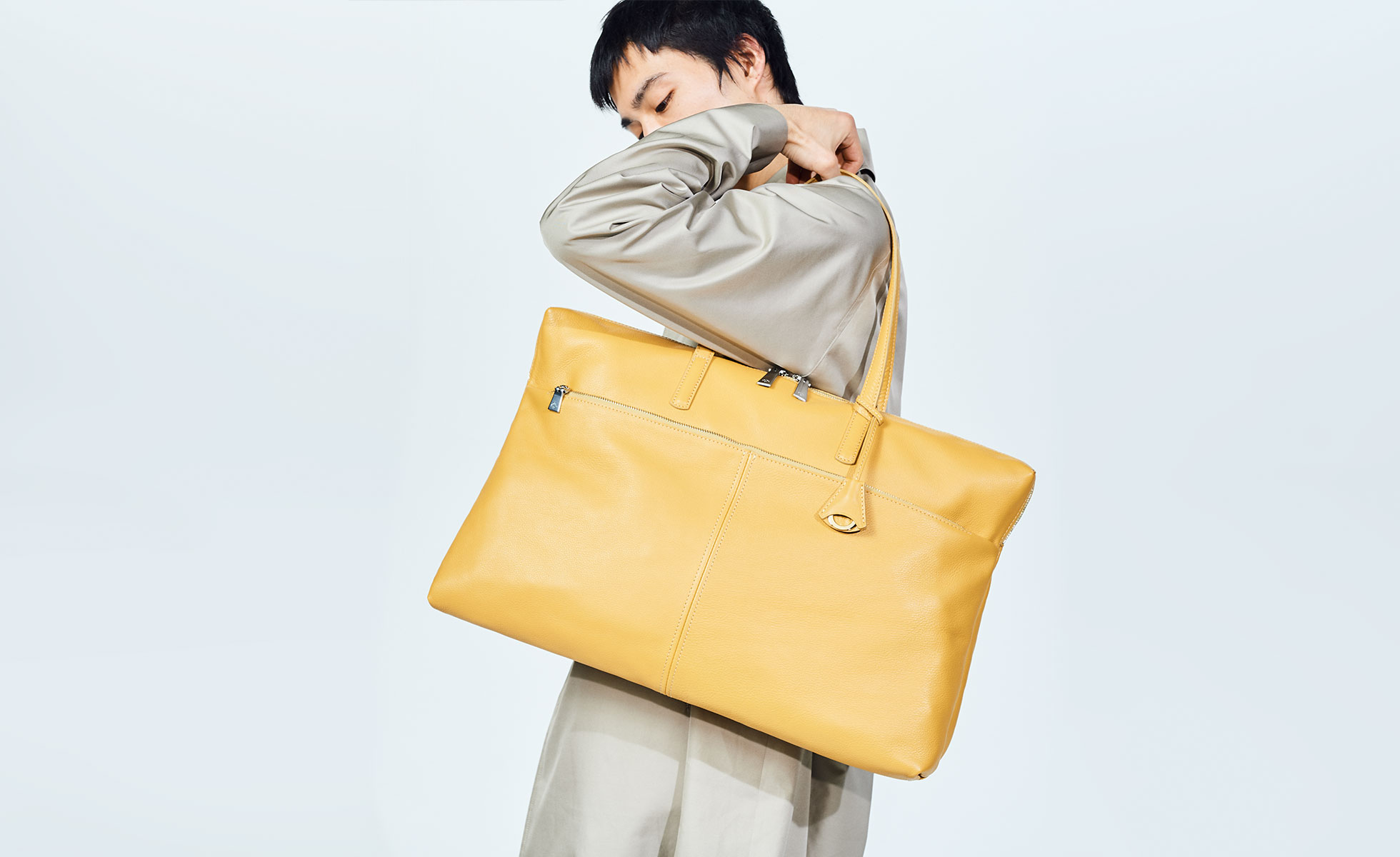 高い機能性とモダンなデザインが魅力のバッグブランドaniary(アニアリ)